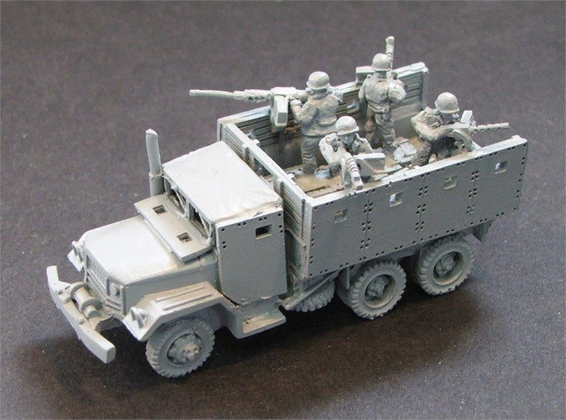 15CP3   3 armoured truck escorts