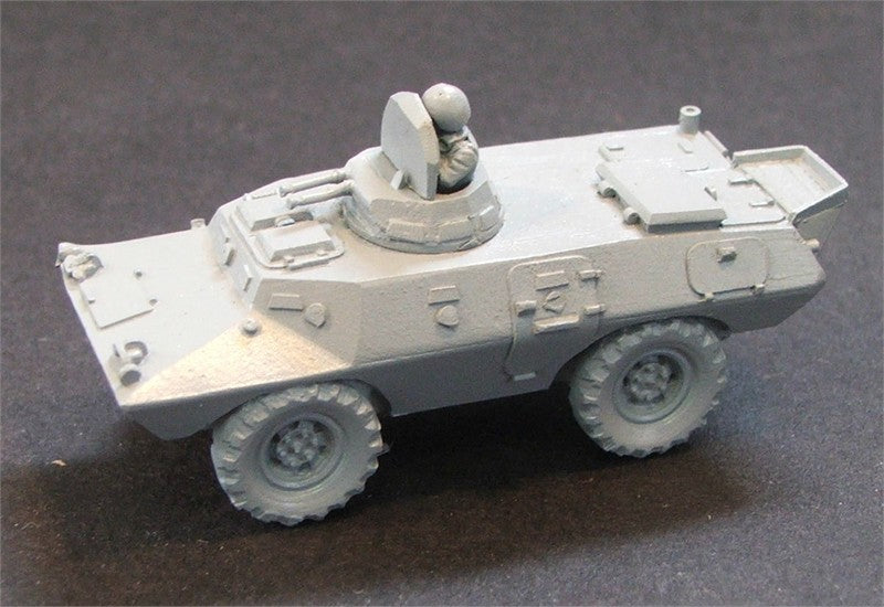 15CP4   2 Command Armoured cars & 2 armoured MUTTs