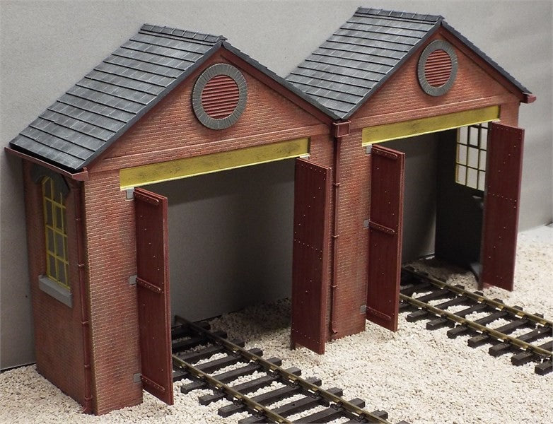 7/LRS03 Twin Road, Low-Relief Engine Shed Entrance