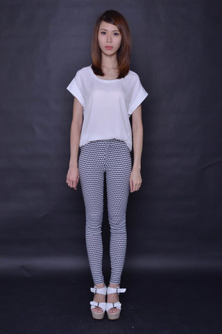 Geometric Print Slimming Pants