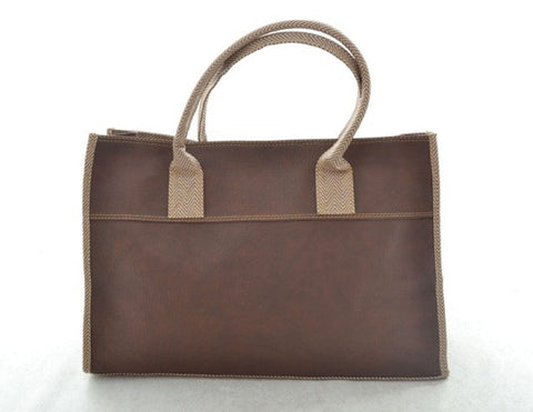 Emily Basic Tote in BROWN