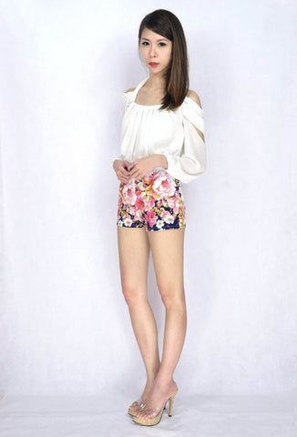 Ixora Floral HW Shorts in NAVY