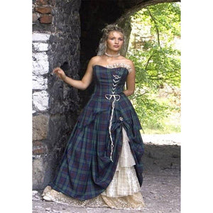 imperial-highland-supplies-bella-tartan-wedding-dress-close
