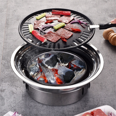 A BARBECUE TO USE AT HOME OR OUTSIDE IN ALL SIMPLICITY