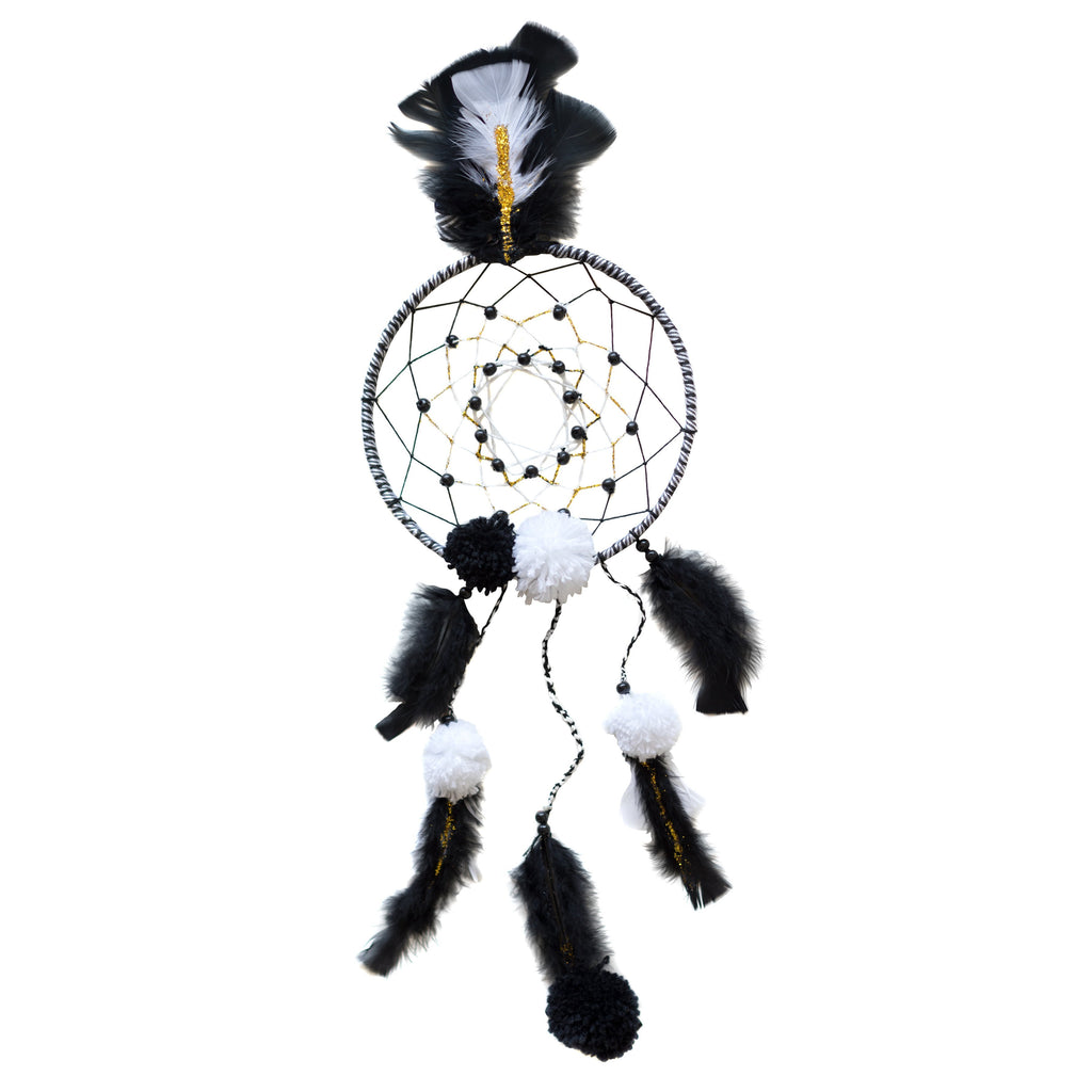 Make Your Own Black and White Dream Catcher