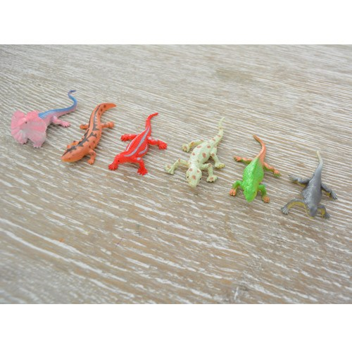 Pocket Money Collection - Super Stretchy Lizards