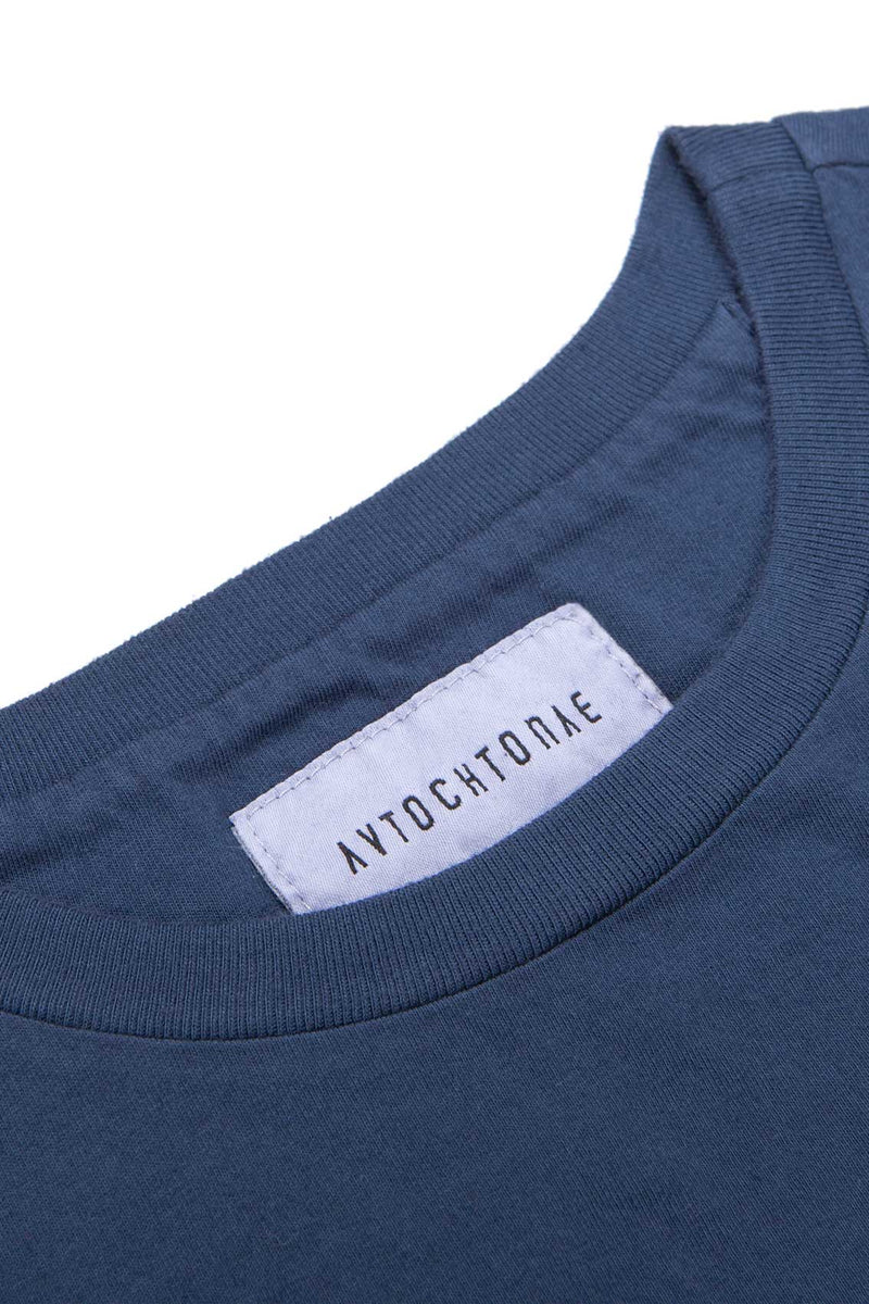 Autochtonae people basic tshirt shortsleeves women navy neck
