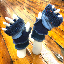 Load image into Gallery viewer, teal, periwinkle, chunky fleck +sky blue cashmere fingerless mittens