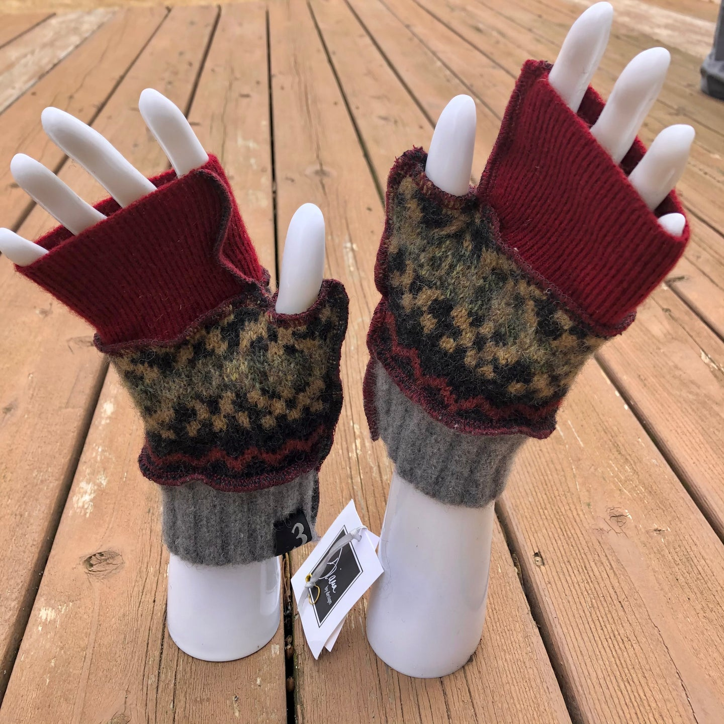 cranberry gray patterned fingerless mittens