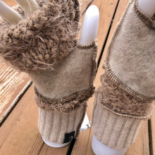 Load image into Gallery viewer, fun bubbly bone + rice fingerless mittens