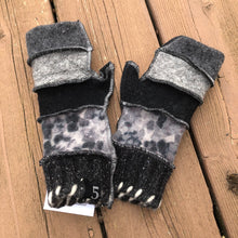 Load image into Gallery viewer, shades of gray + black fingerless mittens