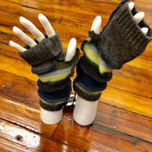 Load image into Gallery viewer, earthy forest green, navy + charcoal fingerless mittens