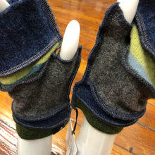 Load image into Gallery viewer, forest green, navy + charcoal fingerless mittens