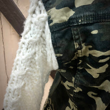 Load image into Gallery viewer, rag bottom camo denim + chunky knit