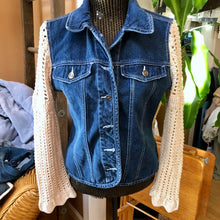 Load image into Gallery viewer, feminine flounce denim jacket