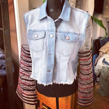 Load image into Gallery viewer, sexy blush bell sleeved cropped denim jacket