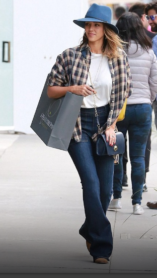 Favorite Outfit of the Week: Jessica Alba