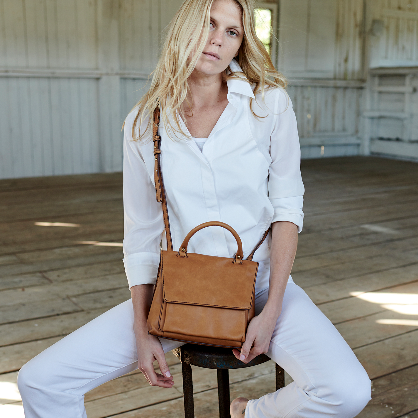 Meter Crossbody - Honey