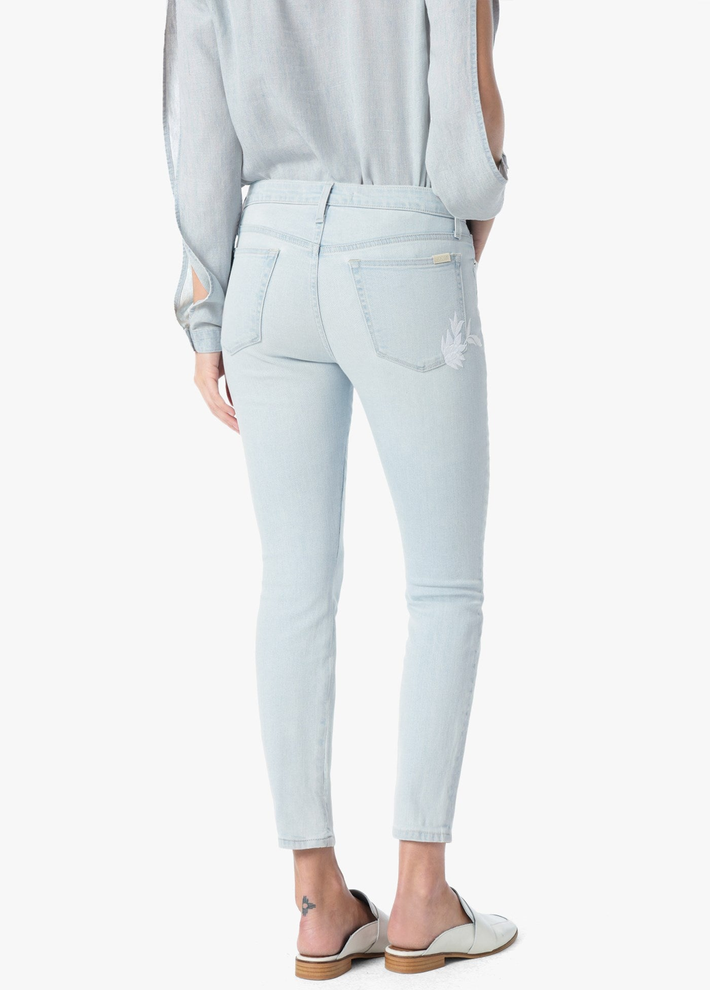 The Icon Mid Rise Skinny Crop - Alyce