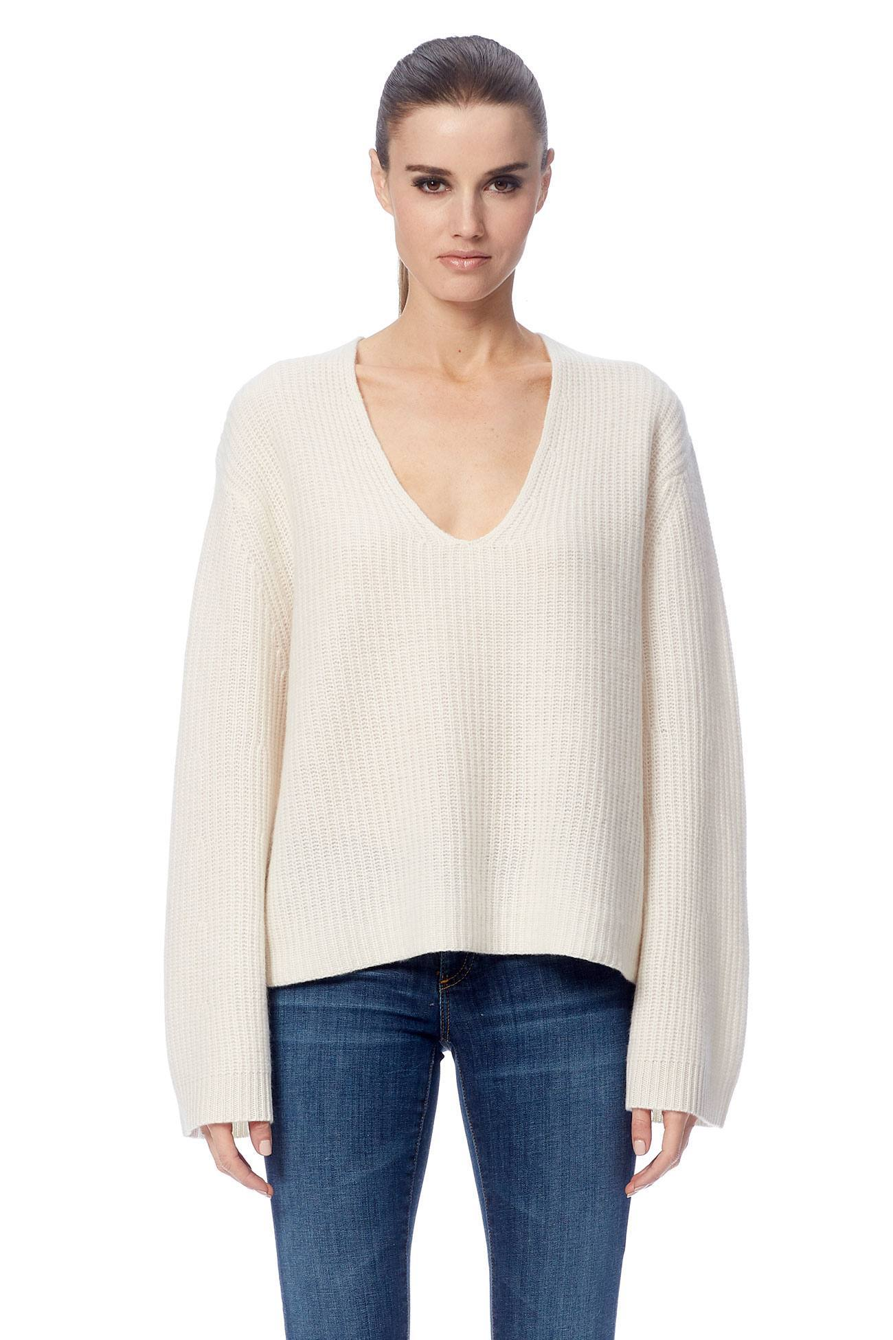 Reese V-Neck Sweater - White