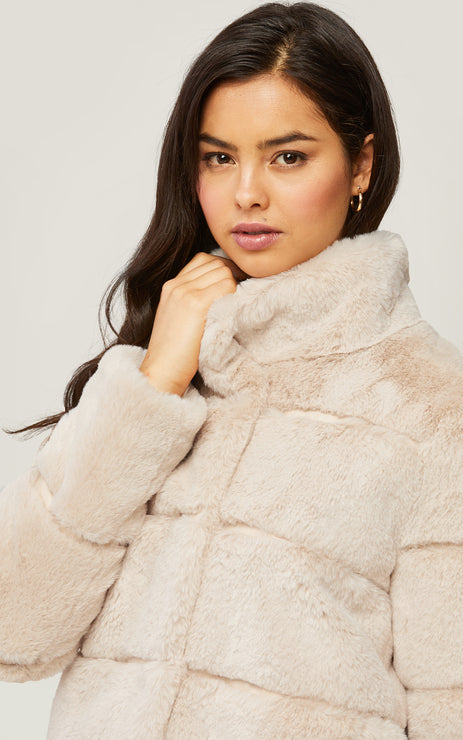 Bea Low-Hip-Length Faux Fur Jacket with Stand Collar  - Sandstone