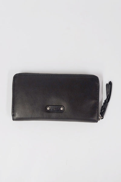 Frye Jenny Zip Wallet Black