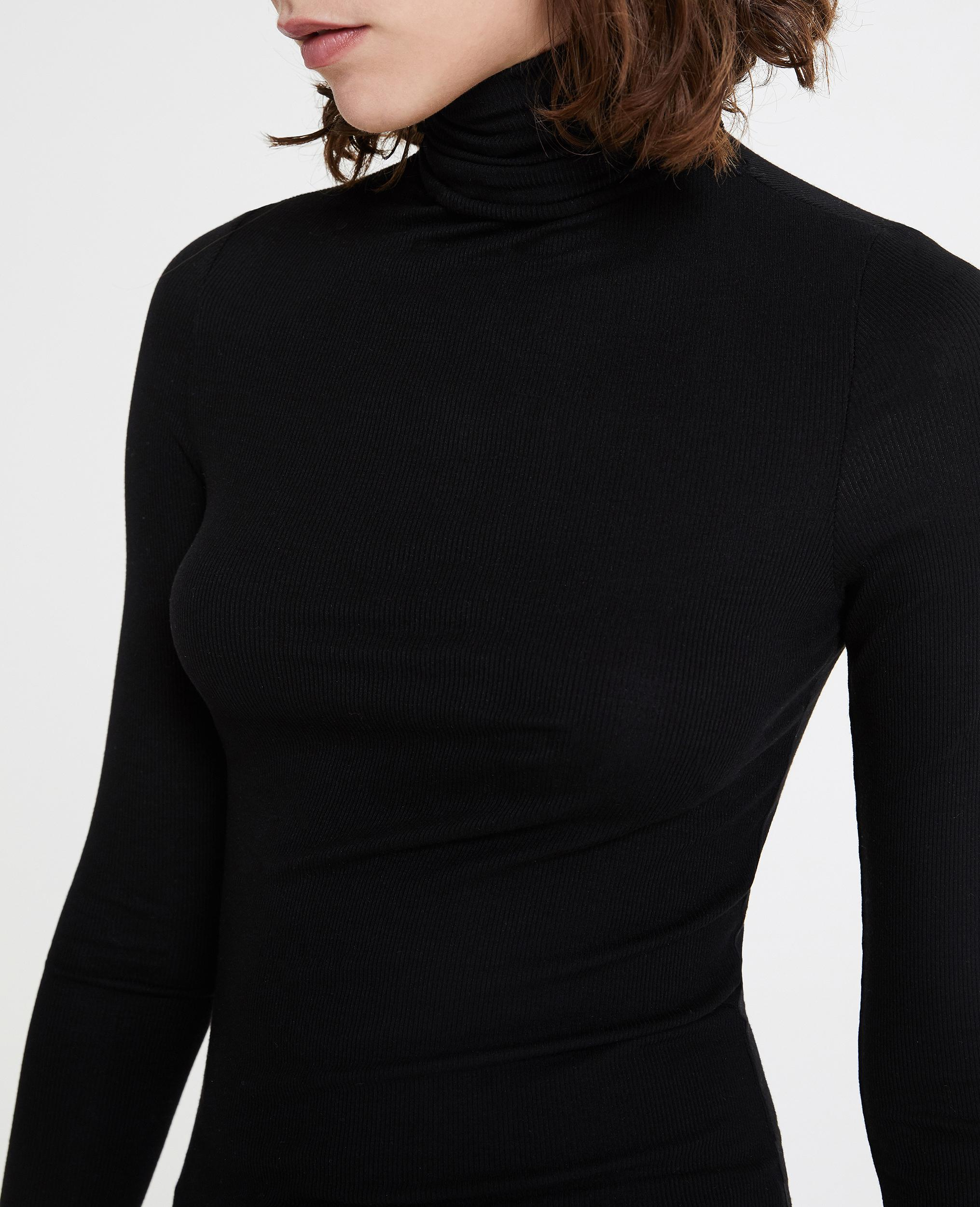 Chels Turtleneck - True Black