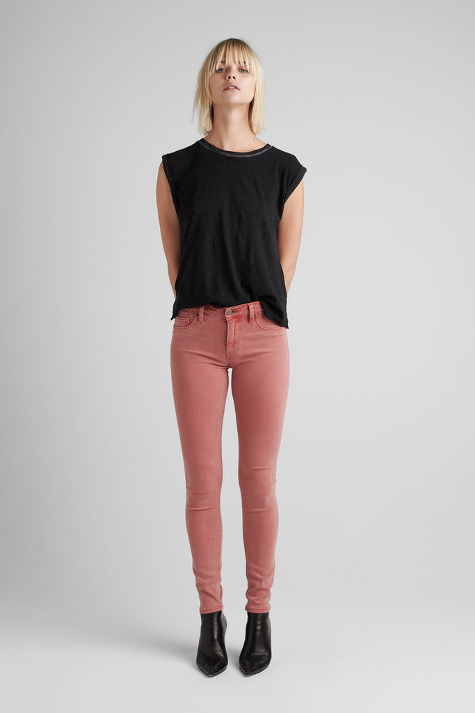 Nico Mid Rise Super Skinny - Distressed Persimmon