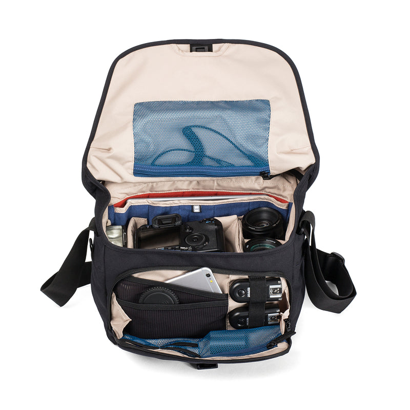 Crumpler KingPin 8000 側背包 - Microworks Online Store