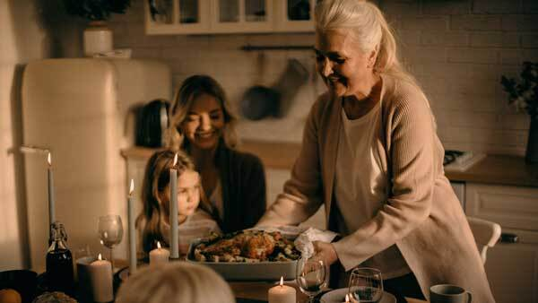 How to Eat Well and Not Feel Deprived This Thanksgiving