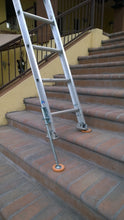 Load image into Gallery viewer, 1a)  #600 Xtenda-Leg® Ladder Leveler RUBBER FEET style