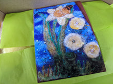 Load image into Gallery viewer, 2D NFUK festival embellished needle-felt making daffodil and bee kit