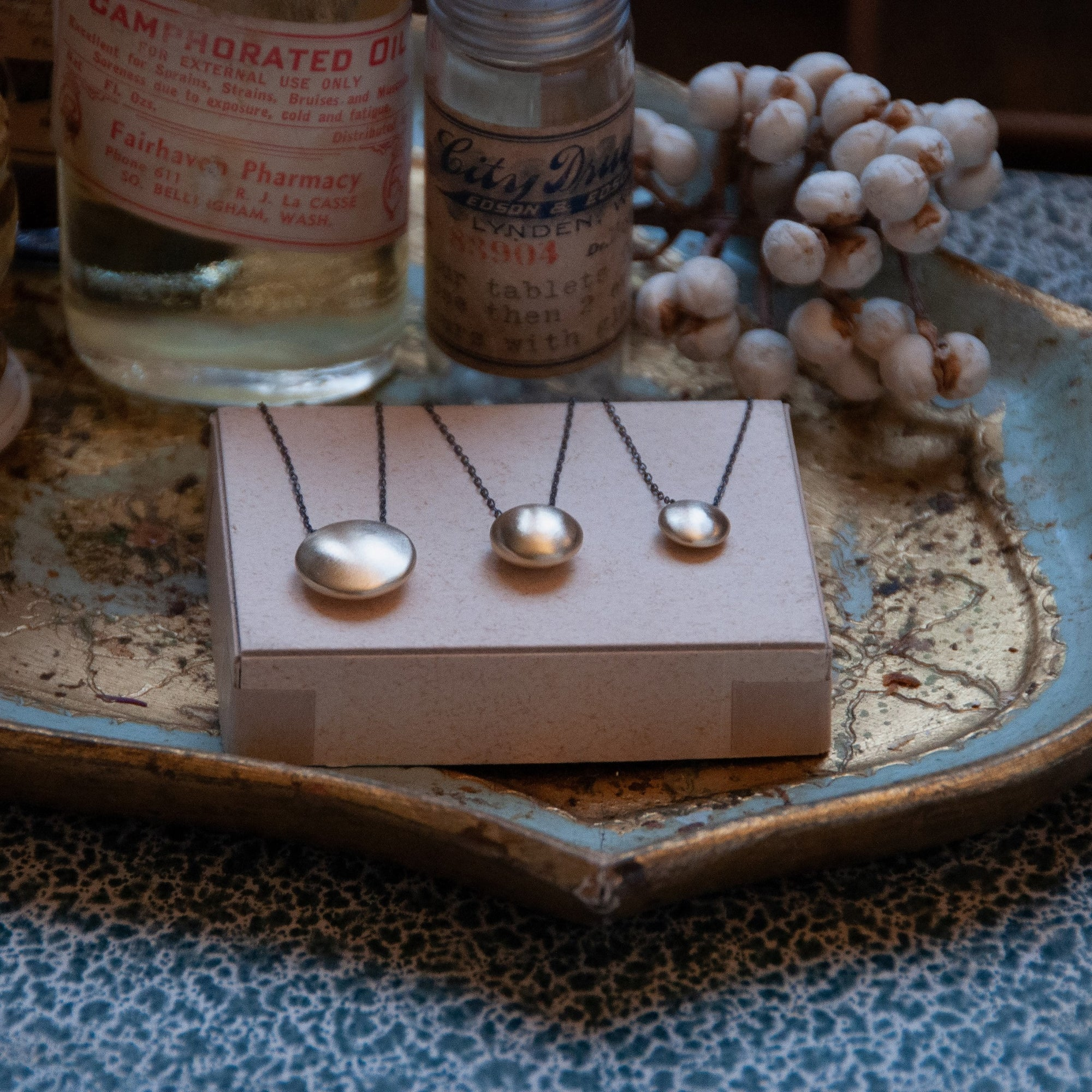 Bottone Necklace - Brushed Brass