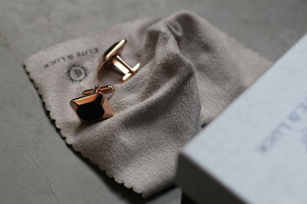 WMBW Reviews – Elite & Luck Cufflinks