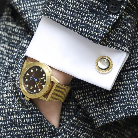 Gian Maria Sainato (@gianmariasainato) with Elite & Luck Cufflinks