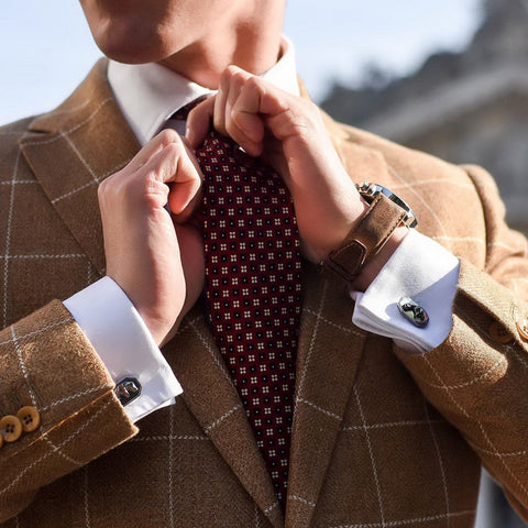 Matthias Geerts (@matthiasgeerts) with Elite & Luck Cufflinks
