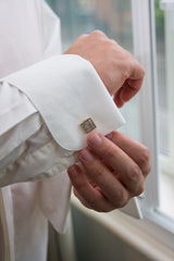 More Attractive Look by Wearing Cufflinks