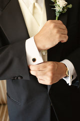 The Adorable Gemstone Cufflinks for the Great Look and Fortune