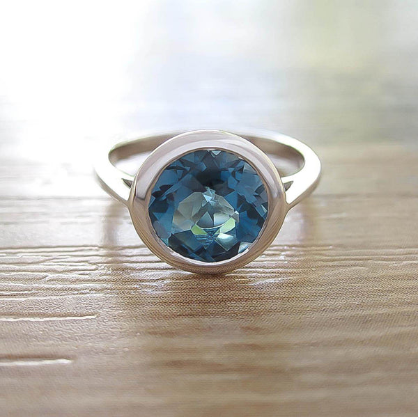 London Blue Topaz Sterling Silver Ring, Rhodium plated, Dashing Model