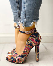 Load image into Gallery viewer, Peep-Toe Blue Paisley
