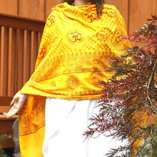 Load image into Gallery viewer, Meditation Yoga Prayer Shawl - Mantra Om - Yellow Large