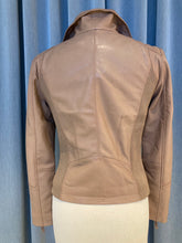 Afbeelding in Gallery-weergave laden, Leather biker jacket