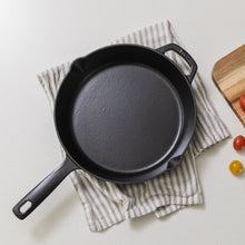 Load image into Gallery viewer, Cast Iron Skillet - Milo Black