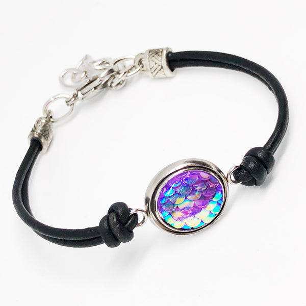 A Mermaids Tail Resin Fish Scale Bracelet