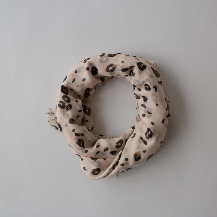 Load image into Gallery viewer, Sophie Leopard Maxi Scarf - Blush