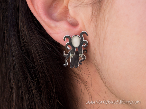 Creepy Pasta Cling Earring