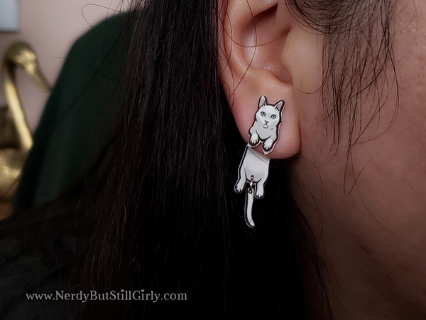 Cat American Shorthair (Jeebez White) Cling Earring