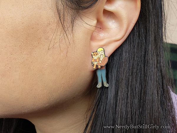 Tiger King Cling Earrings