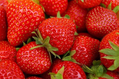 STRAWBERRY BENEFITS, NUTRITIONAL VALUES AND CONTRAINDICATIONS.