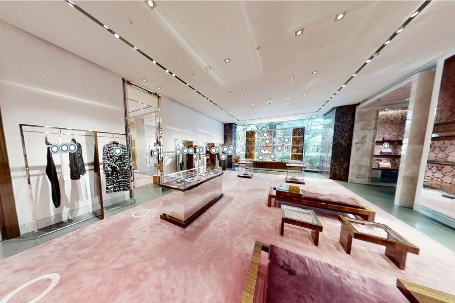 Can Vitual Reality become the New Luxury Shopping?